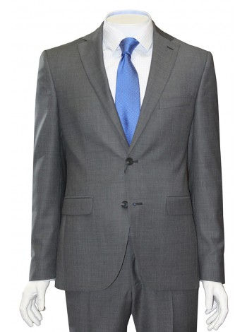 Мужской костюм приталенного кроя